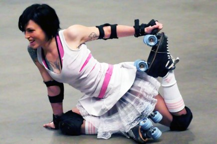 06_12_08_Roller_Dolls_003